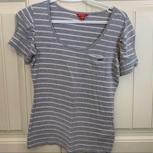 Ladies Guess t-shirt